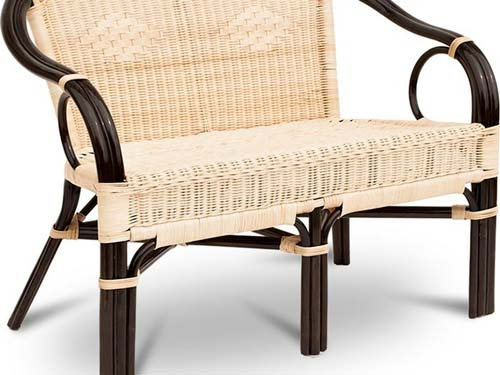 Свойства ротанга позволяют изготовить мебель почти любой формы