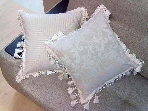 Подберите декор с учетом основной функции ваших подушек