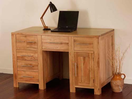 Можно заказать детали мебель на распил по макету, после чего собрать ее самостоятельно