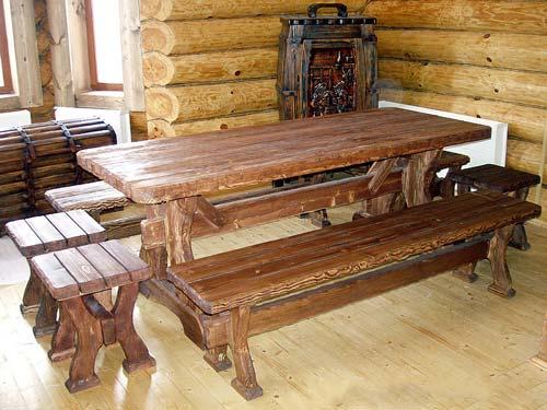 Мебель из дерева всегда была популярной