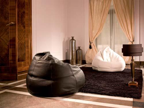 Пуфы являются дополнительным предметом мебели