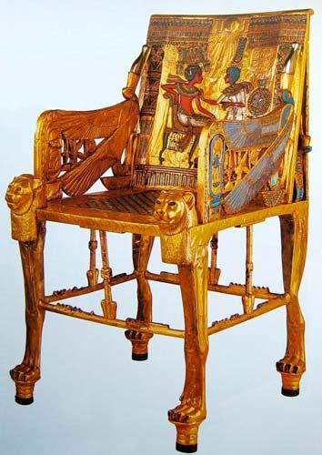 Не сразу египтяне научились создавать красивую мебель