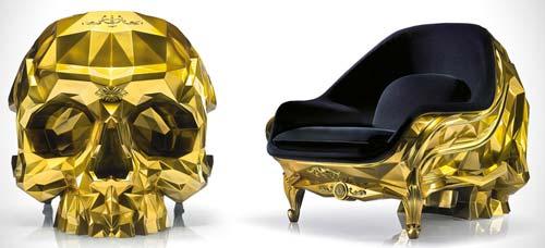 Кресло-череп в золотом исполнении